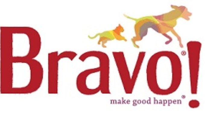 Photos of Select Chicken Pet Foods Recalls Due To Salmonella By Bravo.